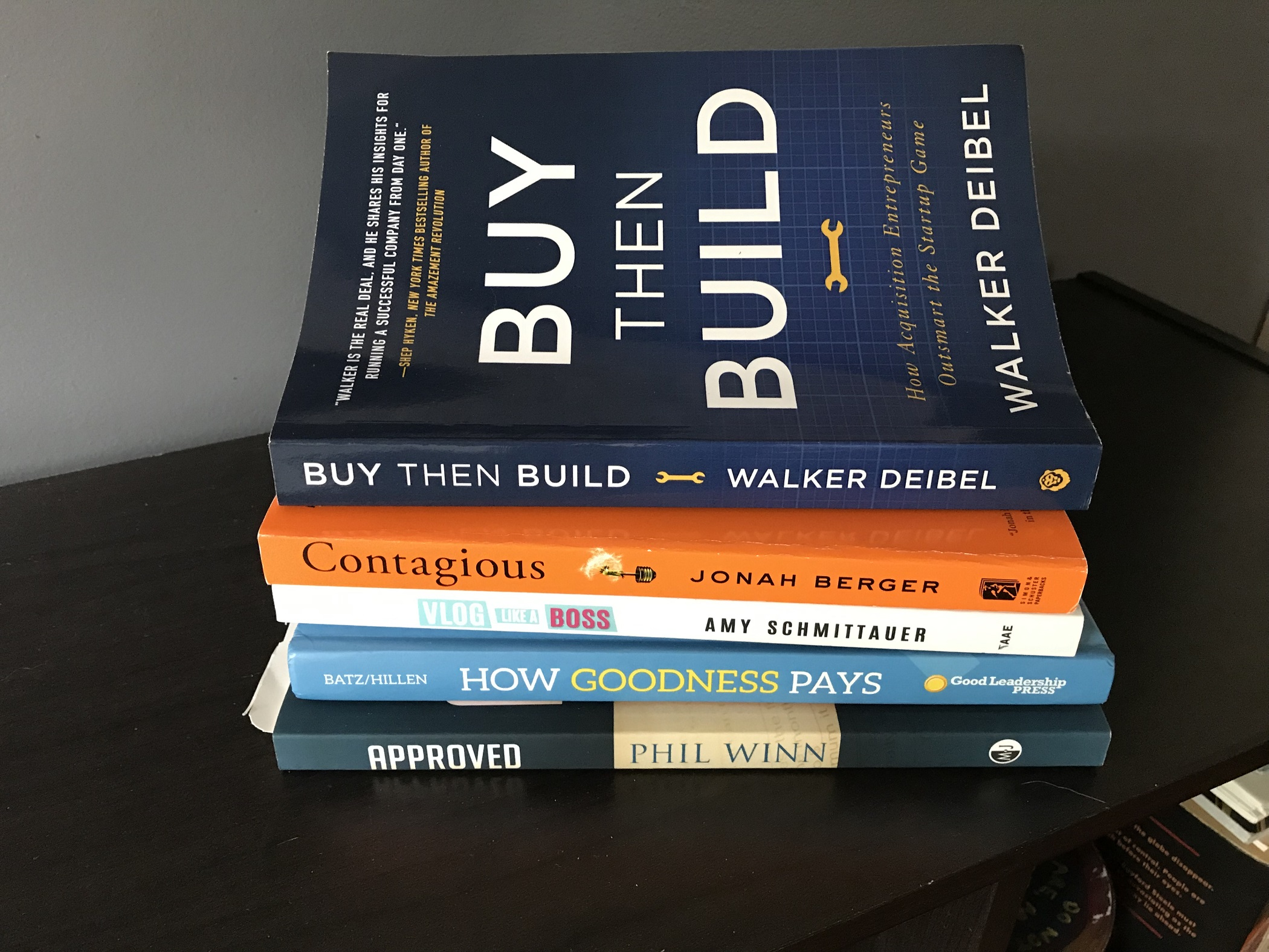 BooksWeAreReadingBuyThenBuildSQ1